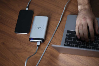 TYLT DUO 5K WIRELESS POWER BANK